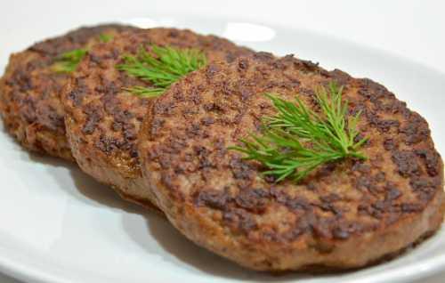 Рецепты вкусных мясных котлет, секреты выбора