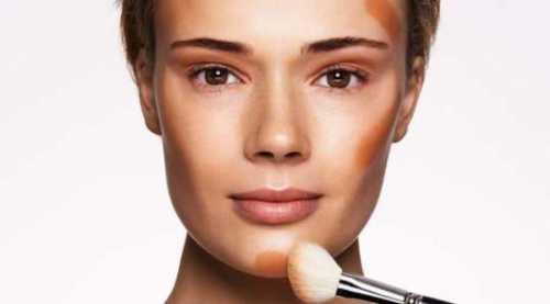 Как правильно наносить тональный крем на лицо