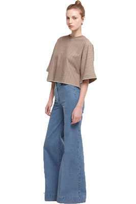 Как стирать модные джинсы